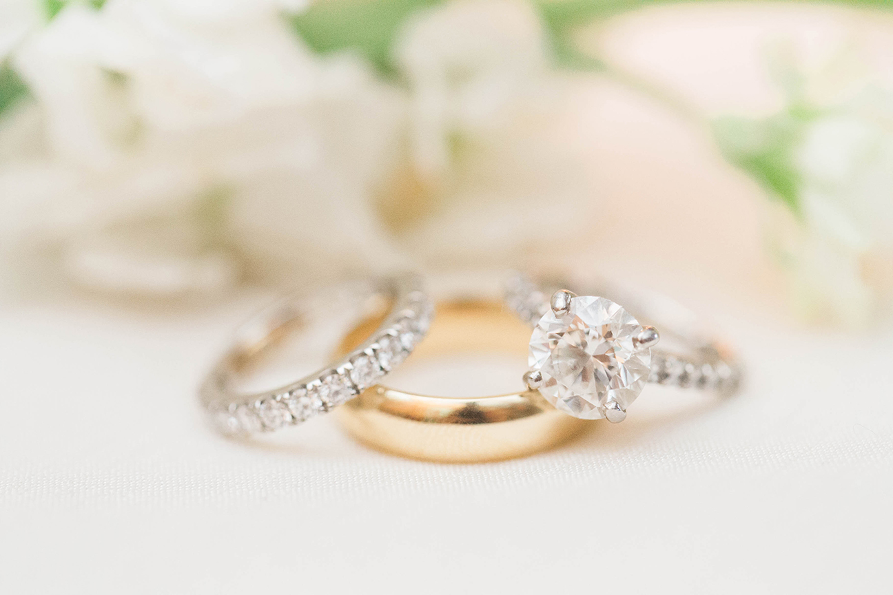 View More: http://jillianmichellephoto.pass.us/heleneandrewwedding