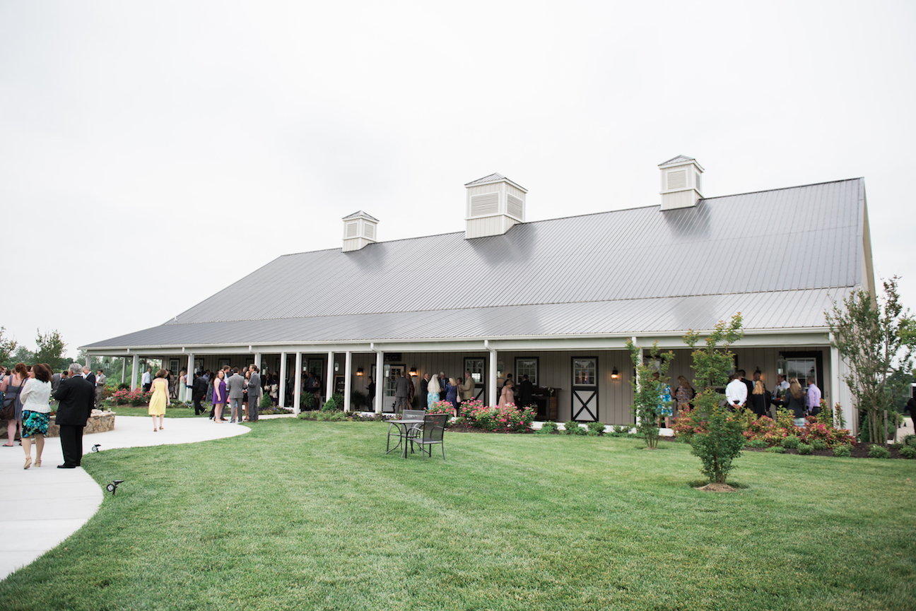 Barn wedding venue in Purcellville