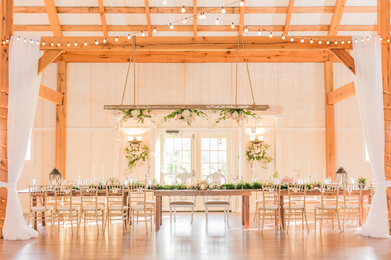 Shadow Creek Weddings | Northern Virginia Barn Wedding Venue