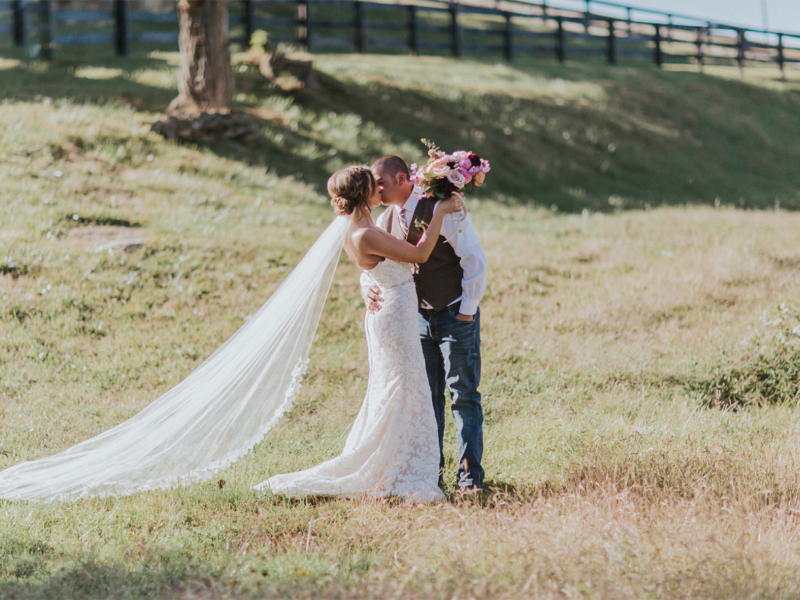 Cody and Lyndsay get married at Shadow Creek in Loudoun County