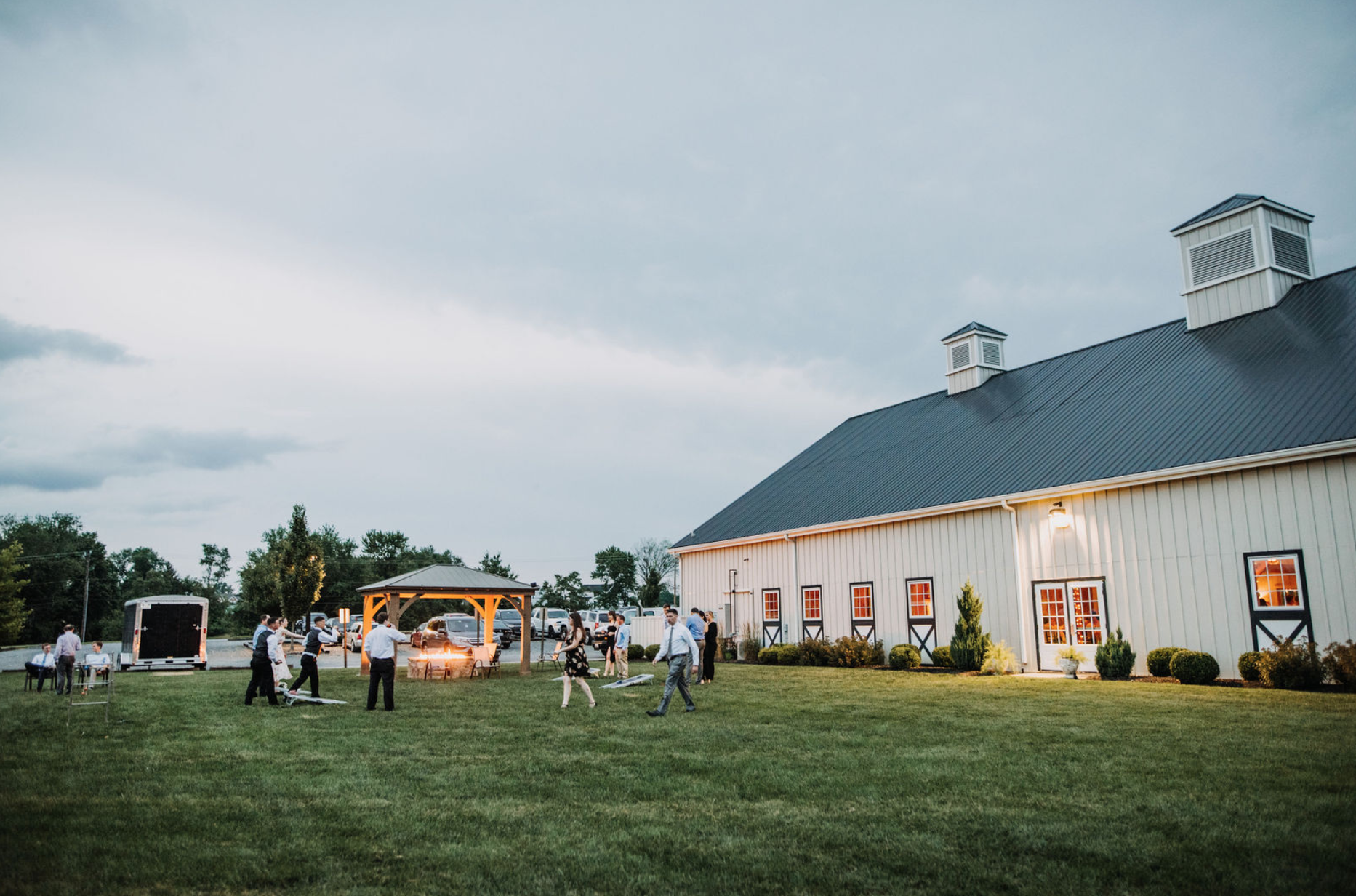 Northern Virginia barn wedding venue with fire pits
